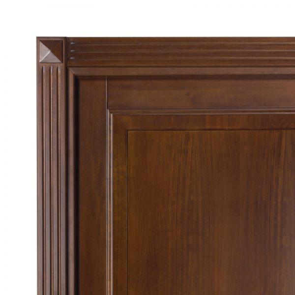 Usa de interior din Stejar Masiv Stratificat, cu pervaz capitel, finisaj nuc antic, ISM-007C