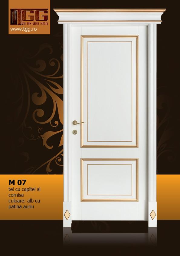 Usa de interior din Tei Masiv Stratificat, cu pervaz capitel si cornisa, finisaj alb cu patina aurie, ITM-07ACC