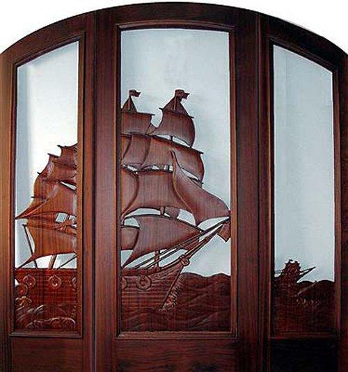 usa din lemn sculptata manual corabie